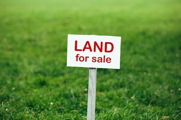 سرمایهگذاری در زمین یا آپارتمان
